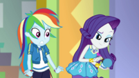 Rainbow Dash realizes what Rarity's doing EGDS2