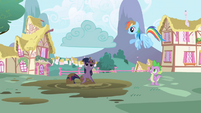Raincloud over Twilight S1E1