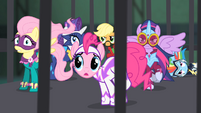 The Power Ponies in the cage S4E06