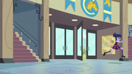 Twilight dashes into the school EG3