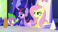 Twilight passes behind Fluttershy's throne S5E22