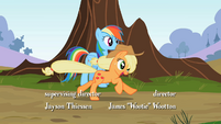 Applejack galloping S2E07