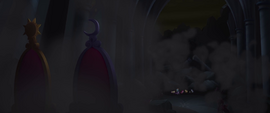Canterlot throne room crumbling apart MLPTM