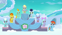 Filly Rainbow in last place at award ceremony S7E7