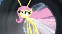 Fluttershy flying through portal S4E16
