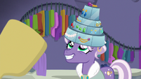 Jeweled Pony happy with her jewel hat S8E4