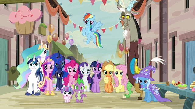 File:Mane Six, Spike, Trixie, Discord, and royalty in Our Town S6E26.png