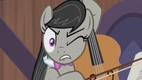 Octavia Melody wincing S5E9