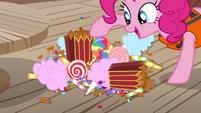 Pinkie Pie presenting a variety of snacks S6E22