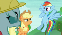 Rainbow Dash tells students to follow her S8E9