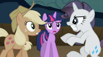 Rarity fighting Applejack S2E02