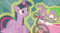 Spike looking for Flurry Heart's Whammy toy S7E3