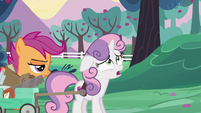 Sweetie Belle --the sun's not even up yet-- S6E14