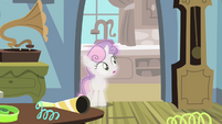 Sweetie Belle seeing Luna left S4E19