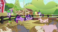 Twilight dangling over the muddy pigpen S6E10