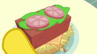 Brick in Mr. Cake's hay burger S6E15