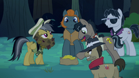 Daring Do offers bits for the ring S4E04