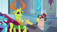 Grampa Gruff pointing his claw at Thorax S8E2