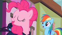 Pinkie Pie 'with my Pinkie Pie Sense' S2E08