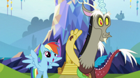 Rainbow and Discord greet Spike S5E22
