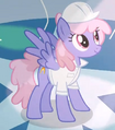 Rainbowshine watching Rarity S1E16.png