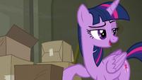 Twilight --pretty sure I know somepony-- S6E9
