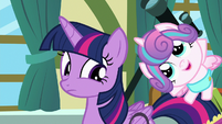 Twilight notices Flurry Heart bouncing up and down S7E3