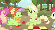 Young Granny Smith oops S3E8
