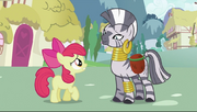 Apple Bloom se desculpando com Zecora T2E06