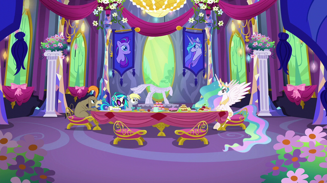 File:Cranky asks Celestia about her mane S6E6.png