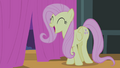 Fluttershy sings 'Something's in the air today' S4E14.png