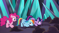 Pinkie Pie volunteering to help S9E2