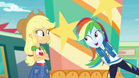 Rainbow Dash appears next to Applejack EGROF