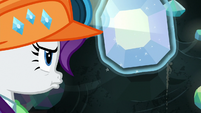 Rarity extracts another gem from the wall S9E19