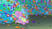 Spike full of gems S1E24