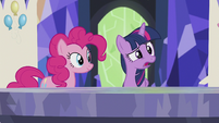 Twilight -I'll stay here and do important princessy things- S5E8