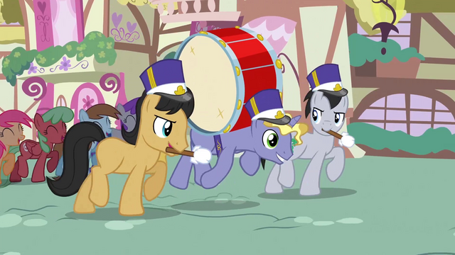 File:Blank flank musicians animation error S3E13.png