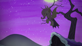 Flutterbat hovers down to the ground S5E21.png