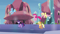 """Main ponies """"stay one step ahead"""" S03E12.png"""