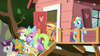 Scootaloo quickly dismissing the members S8E20