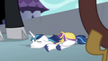 Shining Armor on the ground powerless S4E26.png