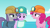 Starlight and Maud look at their photo S7E4