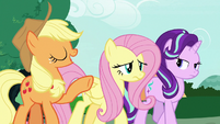"Applejack ""turn lemons into lemonade"" S7E19"
