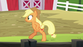 Applejack acting like a chicken S6E10.png
