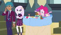 Pinkie replacing the party snacks EG3.png