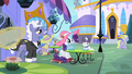 Rarity and Opalescence at the tea shop S2E9.png