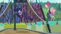 Sci-Twi falling from the podium EG3.png