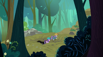 Starlight and Maud escape the cave S7E4