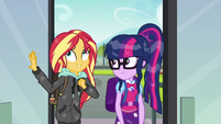 Sunset and Twilight enter Canterlot High School SS6