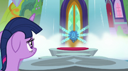 Twilight looking at the locked school S8E2